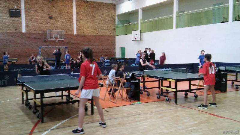 Galeria: Igrzyska Młodzieży Szkolnej w tenisie stołowym - listopad 2015