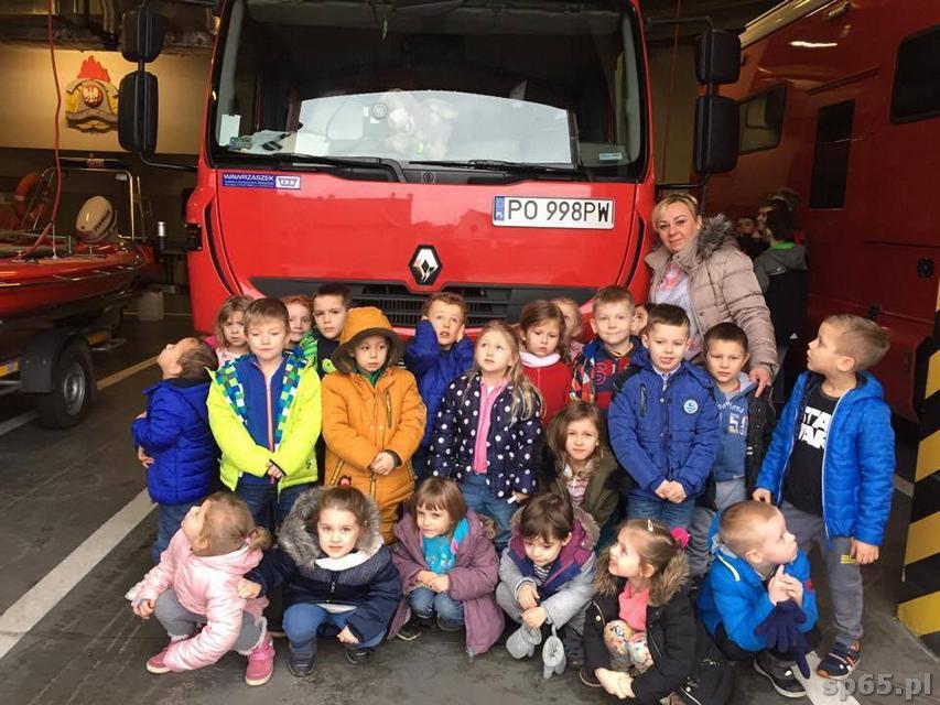 Galeria: Przedszkolacy odwiedzają strażaków - luty 2017