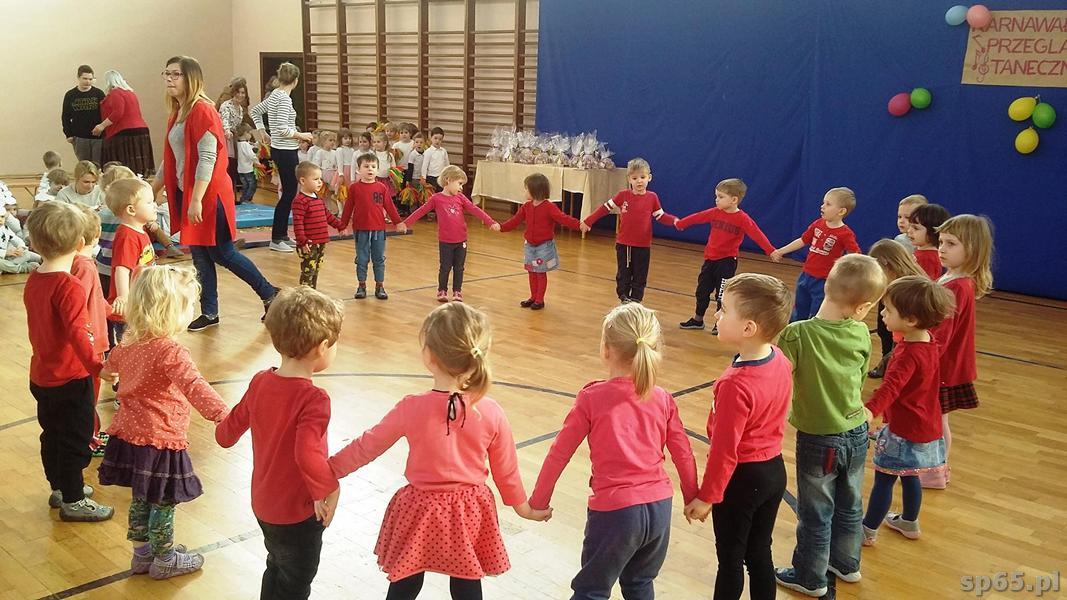 Galeria: Występy przedszkolaków na Przeglądzie Tanecznym - luty 2017